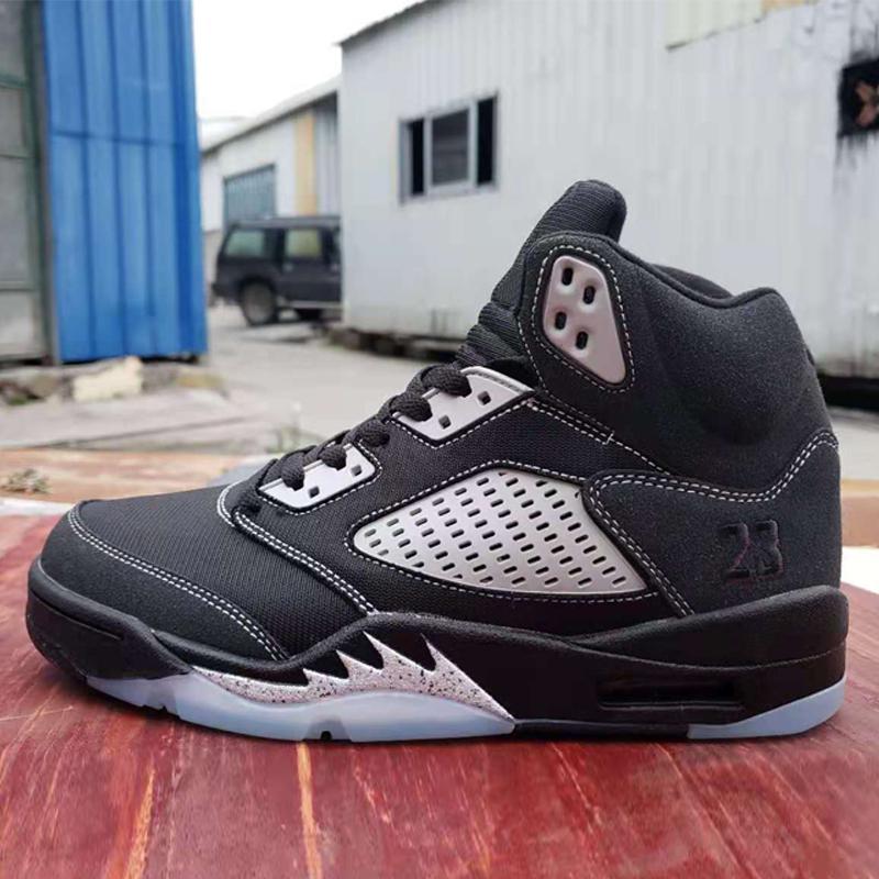 Erkekler Jumpman 5 S OG Siyah Metalik Gümüş Açık Havada Ayakkabı 5 Sneakers Açık Spor Trainer toptan satış fiyatları Boyutu 40-47