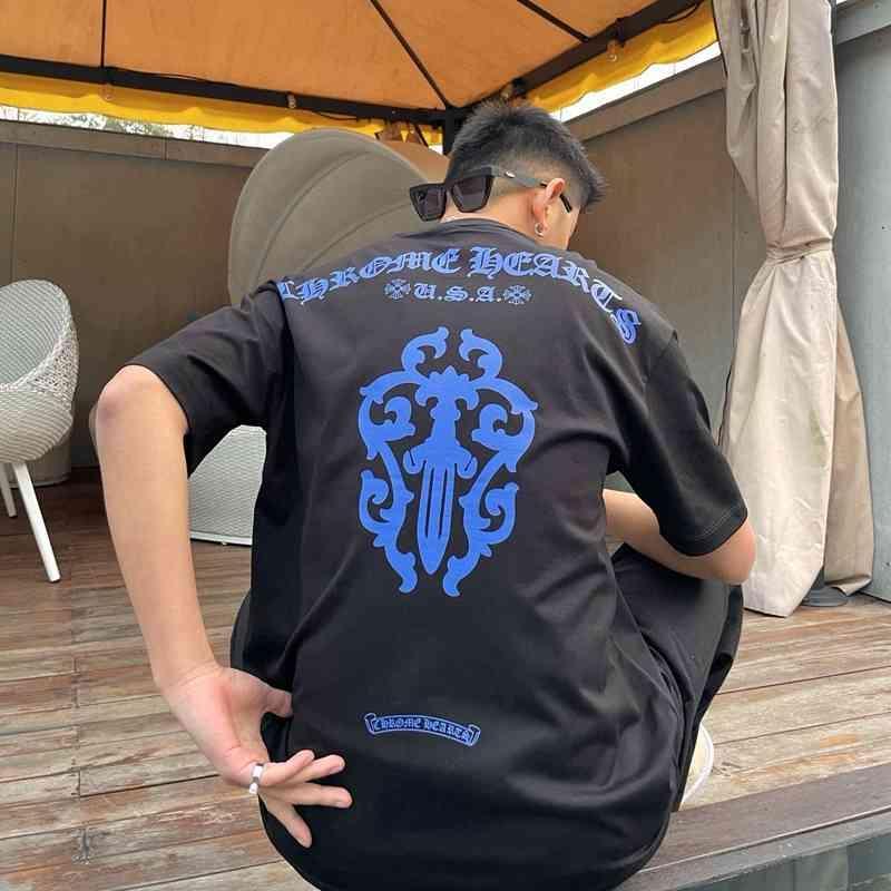 2021 VERANO CH CRO COLOR COLOR HERSESHOE SANSKRIT Impreso de manga corta camiseta Hombres y media de mujer