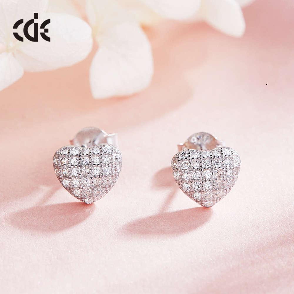 Einfache herzförmige kreative Bolzen S925 Sterling Silber Mädchen Ohrringe Headwear Damen Ohrringe