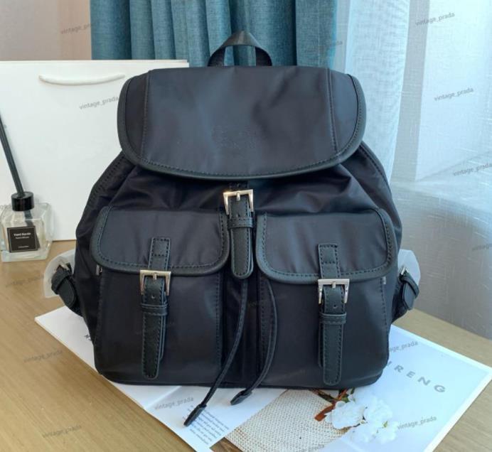 Hoher Qualität Großhandel Mode Rucksack Luxus Designer Umhängetasche Messenger Für Frauen Männer Zurück Packung Leinwand Handtasche Schule Klassischer Fallschirm Stoff