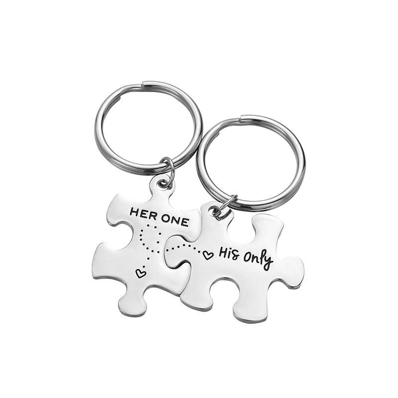 Regali da portachiavi in coppia personalizzata per il marito moglie fidanzato fidanzata Valentines Data personalizzata e due iniziali Keychains]