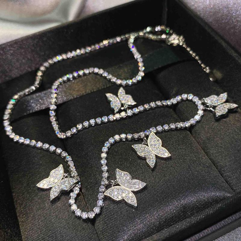 الفضة اللون خمسة فراشة قلادة قلادة الإناث الكريستال القلائد سلسلة أزياء حزب الزفاف هدية مجوهرات للنساء سلاسل