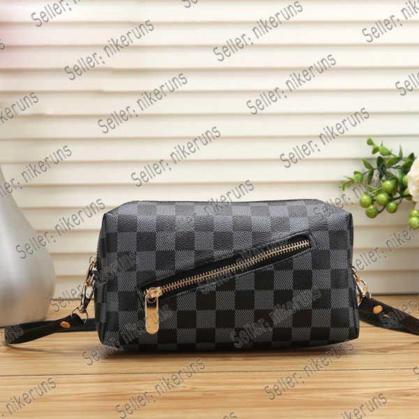 LV handbag women 2021 más recientes bolsas al aire libre al por mayor Últimas mujeres de moda Bolsa de inodoro Mujer con cremallera de cuero letra de la letra Bolso 21 * 6 * 11 cm