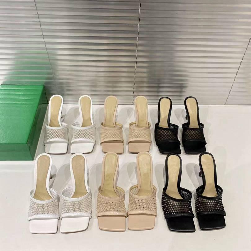 2021 Sandalet Terlik Kadınlar Güzel Sivri Şeffaf Yüksek Topuk Stilettos Seksi Pompa Yaz Ayakkabı En Kaliteli Terlik Boyutu 35-40