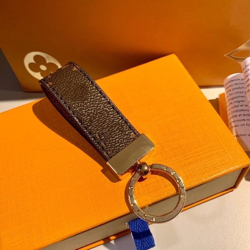 الجملة 2021 فاخر مفتاح مشبك عشاق سيارة المفاتيح المصمم اليدوية الجلود سلاسل الحلي الرجال النساء حقائب قلادة اكسسوارات 10 ألوان