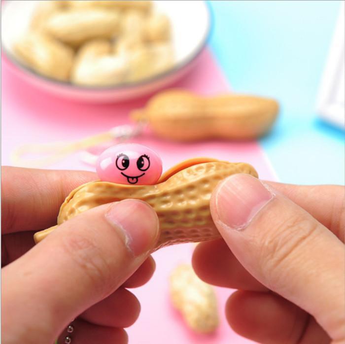 Сожмите арахис, декомпресс и разгрузочный арахис, сжимание, творчески распаковывать и облегчить скучные стружки гороха