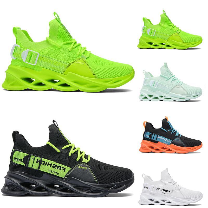 رجل إمرأة الاحذية الثلاثي الأسود الأبيض الأخضر الأحذية في الهواء الطلق الرجال مصمم أحذية رياضية رياضية