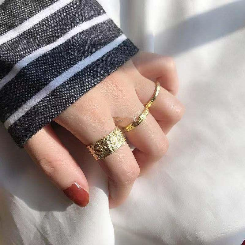 Cluster anéis SRCOI cor ouro irregular metal largo anel aberto aberto 2021 moda simples vintage dedo geométrico mulheres festa jóias
