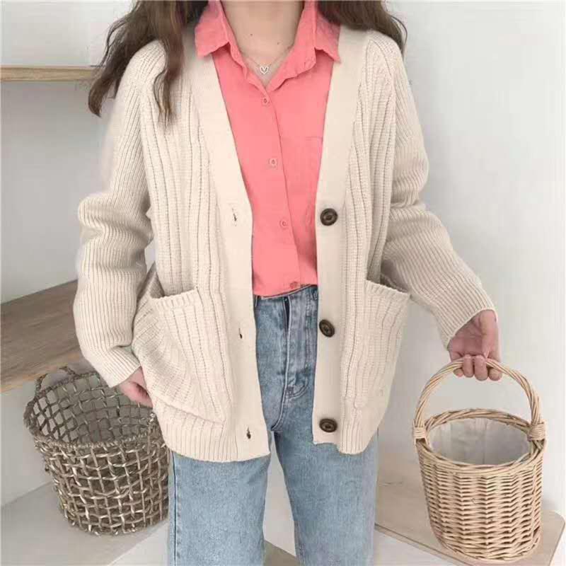 여성용 다양한 스웨터 코트 2021 가을과 겨울 긴팔 솔리드 느슨한 짧은 니트 카디건 간단한 패션 캐주얼 레트로 여성용 니트