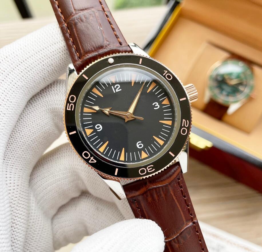 Trendy Mens Mulheres Designer relógios com letras de alta qualidade Mulheres relógio de pulso redondo aço inoxidável caso boutique relógios de pulso 6 cores
