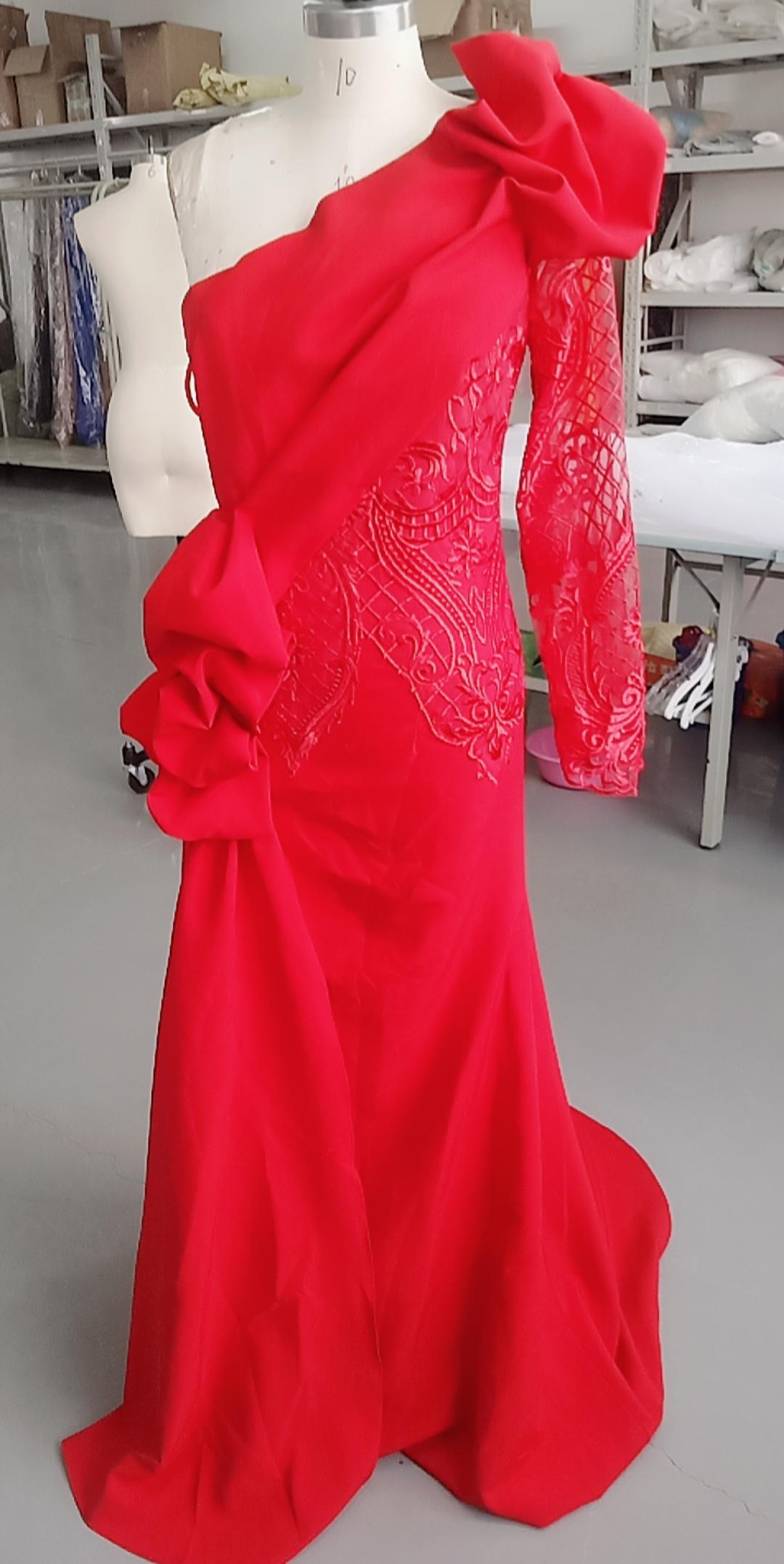 2021本物の写真人魚の花嫁介添人ドレスワンショルダーロングビーチビンテージ結婚式ゲストガウンレースパーティーアラビアメイドの名誉ドレス