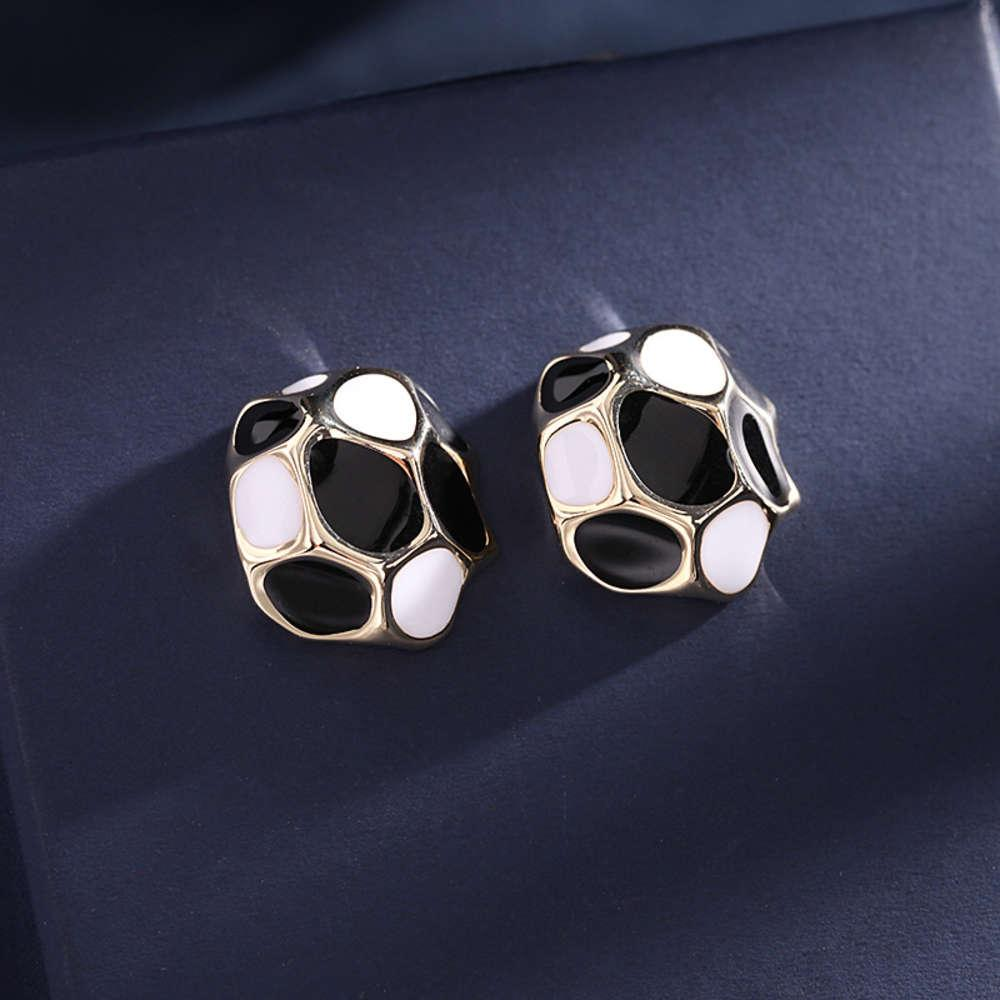 Südkorea East Gate Neue Geometrische Farbe Matching Mode Ohrringe