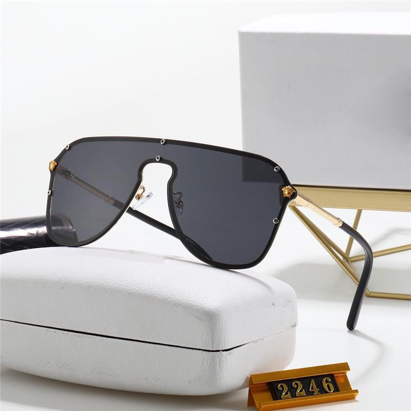 Ücretsiz Gemi Moda Kanıt Güneş Gözlüğü Retro Vintage Erkekler Tasarımcı Parlak Altın Çerçeve Lazer Kadınlar Paket Kutusu Ile En Kaliteli 22456