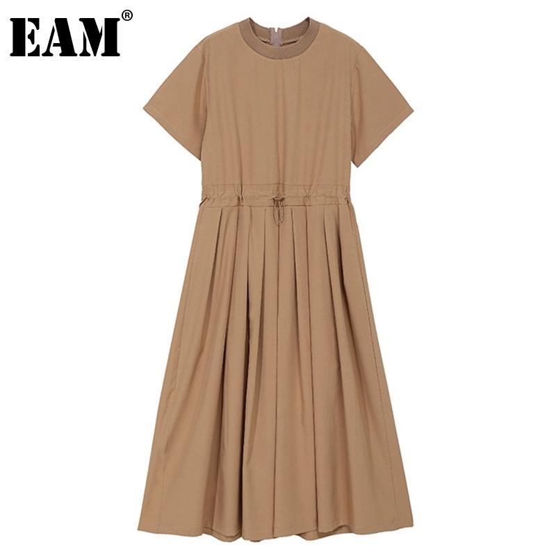 [EAM] Frauen Khaki Falten Rüschen Schärpen Kleid Rundhals Kurzarm Lose Fit Mode Frühling Sommer 1DD7154 210512