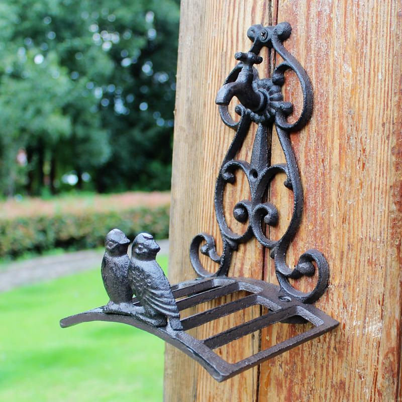 Small Cast Iron Hose Holder Equipment Metal Rope Pipe Hanger Stand Rack Birds Water Tap Garden Courtyard Yard Villa Wall Mount Decoration Antique Ornament Brown