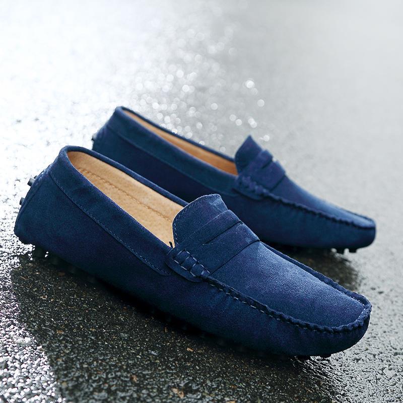 الرجال عارضة الأحذية أزياء الرجال مريحة الأحذية البرية اليدوية الجلد المدبوغ جلد طبيعي رجل المتسكعون الأخفاف الانزلاق على الرجال الشقق الذكور القيادة الأحذية