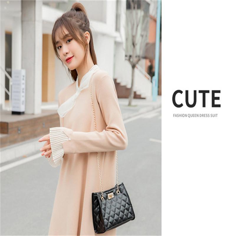 2021 جودة عالية أحدث الماس النساء حقيبة الكتف الصيف اللون الإرسال المحافظ أزياء سيدة مصممين الفمويل العلامة التجارية حقائب اليد بلينغ نايلون لامعة حقيبة F3
