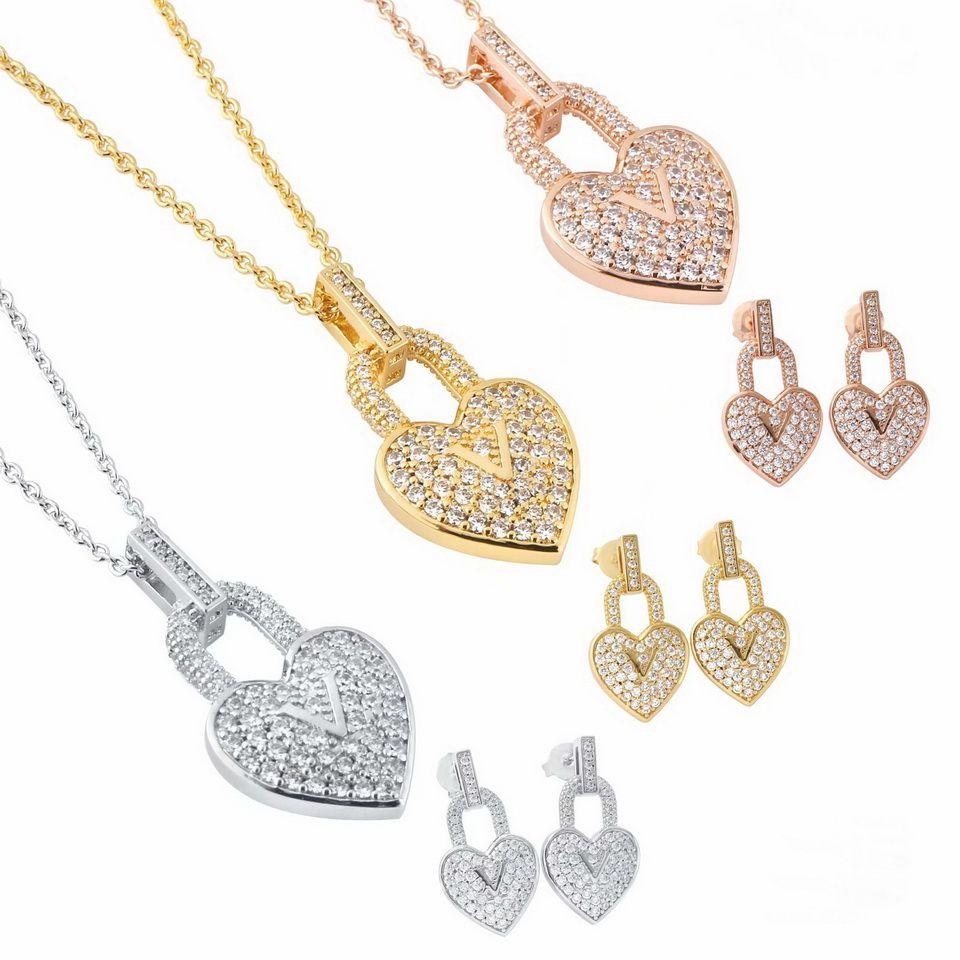 Europa America Fashion Jewelry Sets Lady Donne Donne in acciaio in titanio inciso / Impostazioni Iniziali Iniziali Full Diamond Blocco cuore Collana di fascino orecchini 3 colori