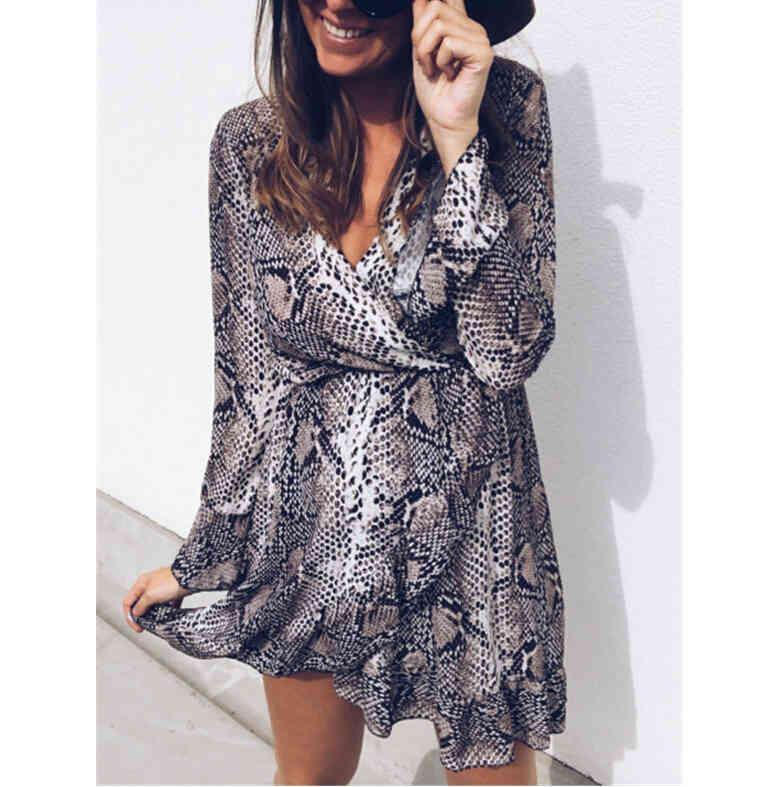 Robe imprimée pour serpents marron Femmes vacances à manches longues robes à col en V automne printemps courtes mini robes Vestidos 210420