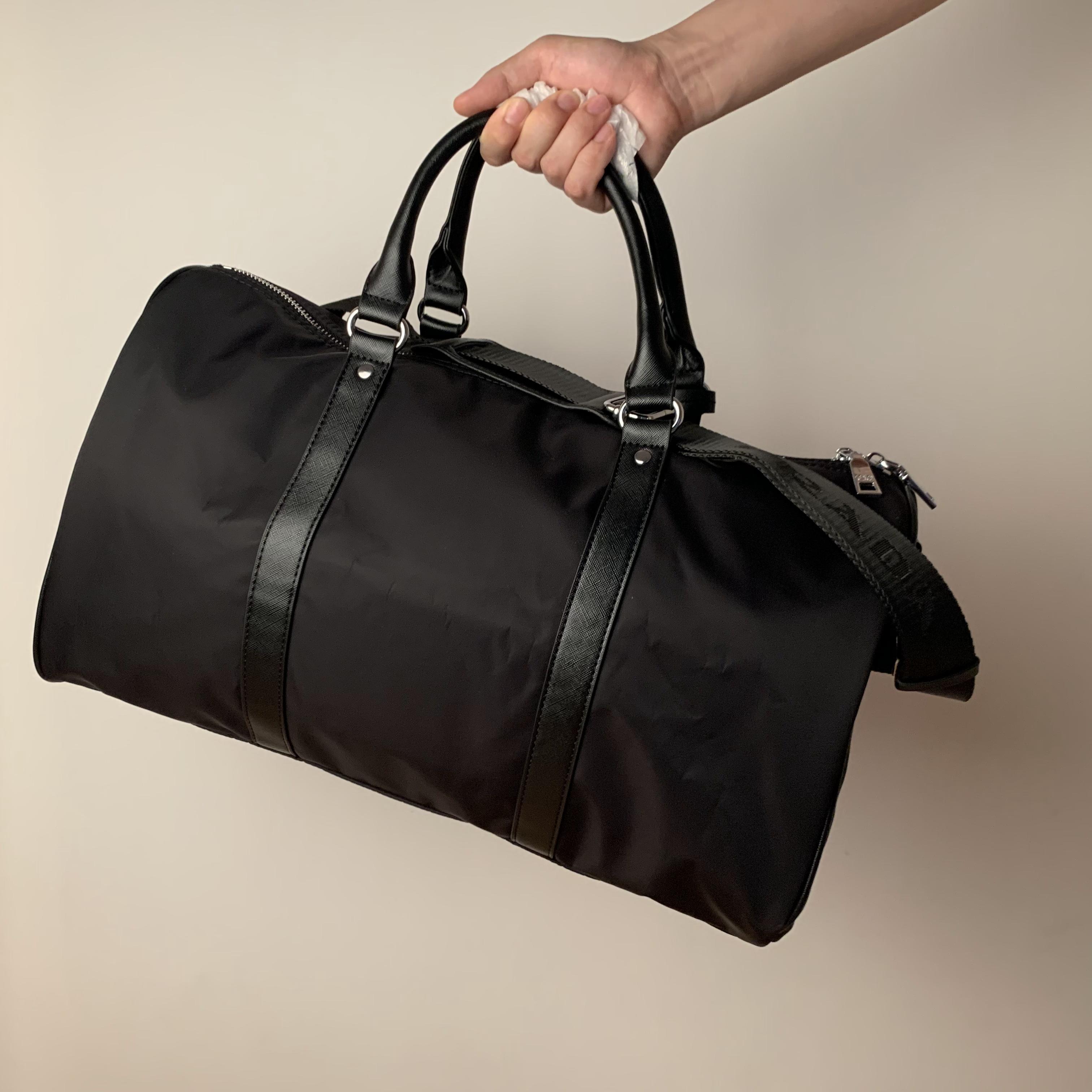 Duffelbeutel Reisetasche Gepäck Taschen Hohe Kapazität Mode Männer WC-Beutel Frauen Kosmetik Organizer Make-up Bühnen Sie berühmte klassische Kulturwaren mit Staub Große Handtasche