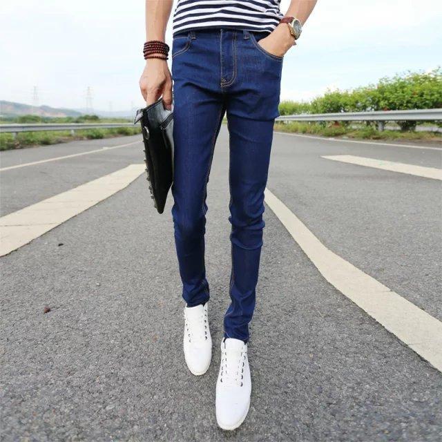 Jeans de printemps et d'été Bla Trend Jeunes Slim Petite jambe Straight Casual Hommes Pants