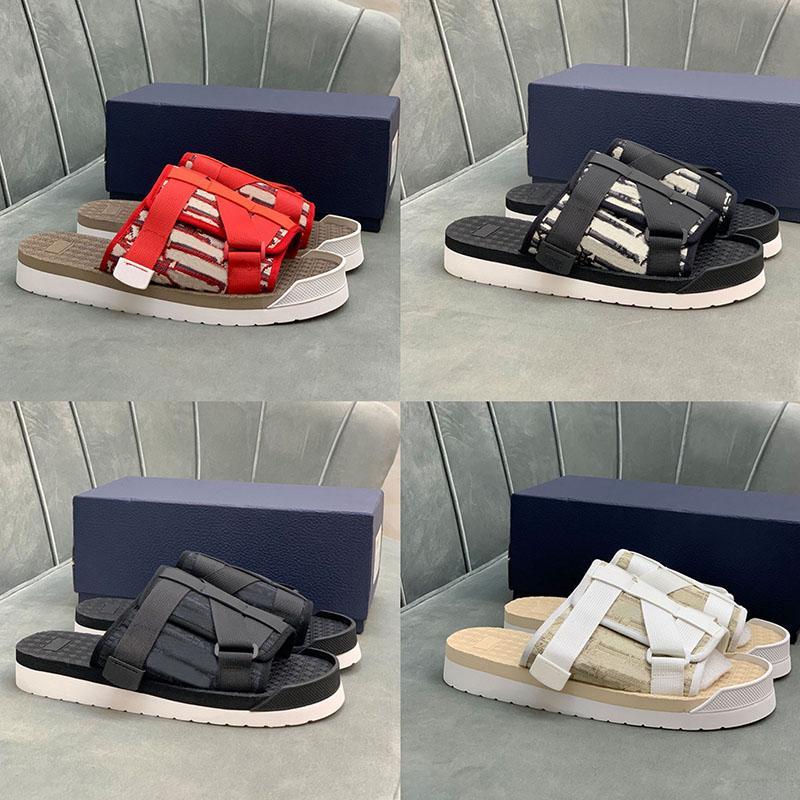 Verão Moda Beach Sandálias Homens Hole Sapatos de Água Homem Slippers Slides Luxo Slipper Conforto Casual Jelly Sapato Tamanho 38-44