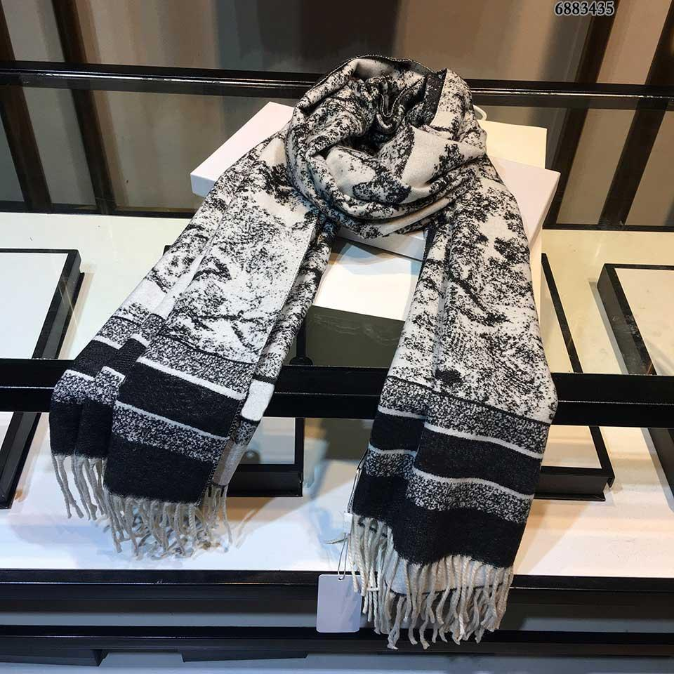 2021 D Stilista Donne Pashmina High Street Elements Grace Aninmal Stampato Sciarpa da uomo elegante Elegante 3-Stile