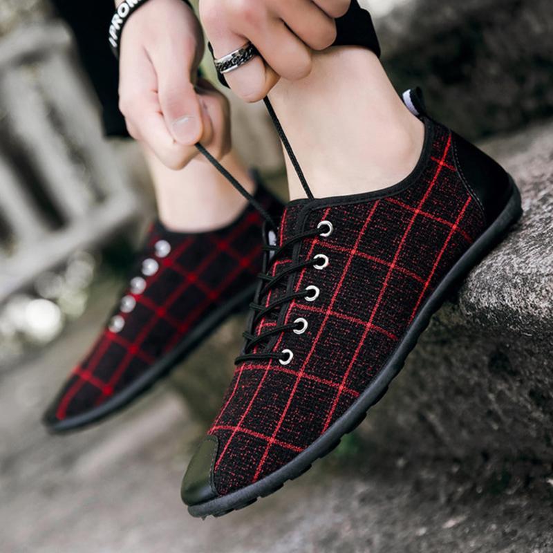 Scarpe da uomo in primavera e autunno scarpe da uomo traspirante con un pedale Flat Flat Moda Casual Canvas Zapatos de Hombre