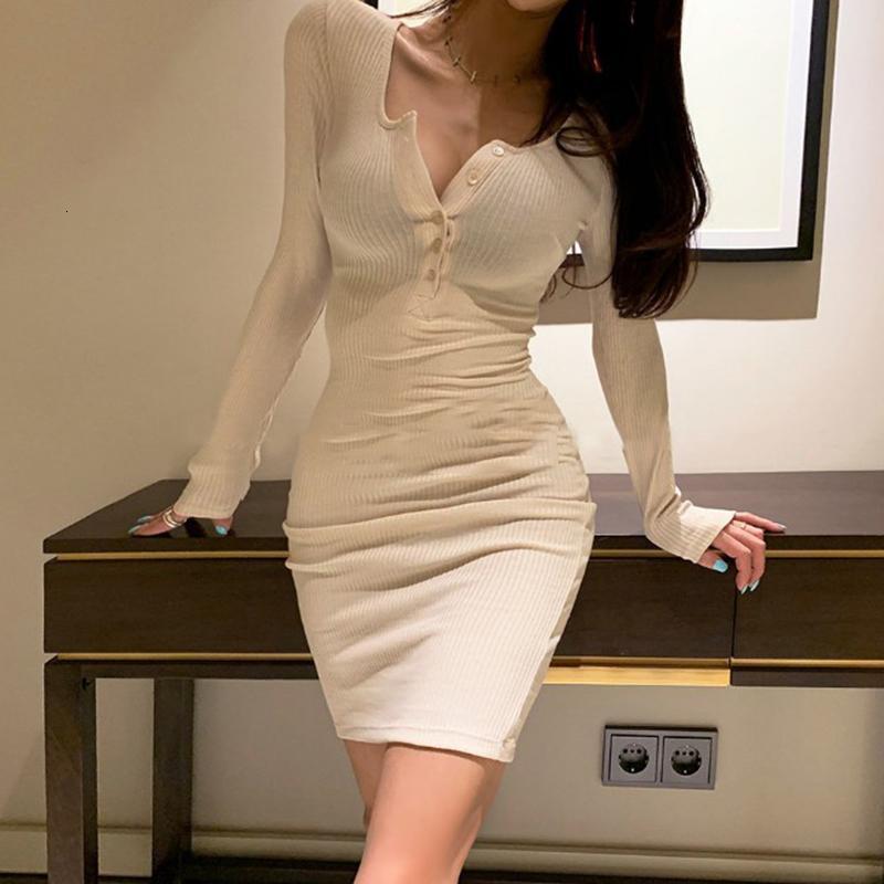 Vestido de estiramiento del botón de cuello en V para la fiesta de otoño e invierno