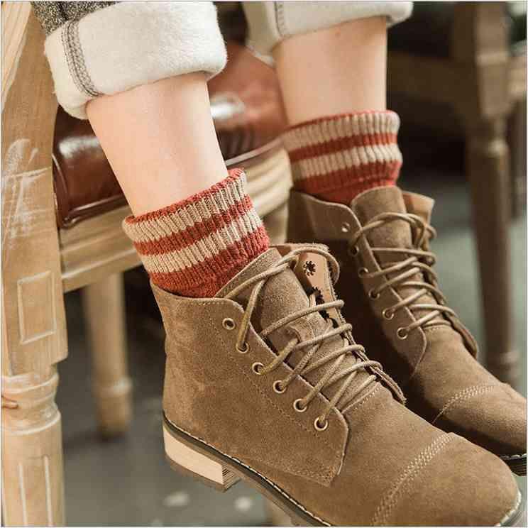 Kundenspezifische Baumwolle Herren Strickmaschine Röhre Spaß Socken