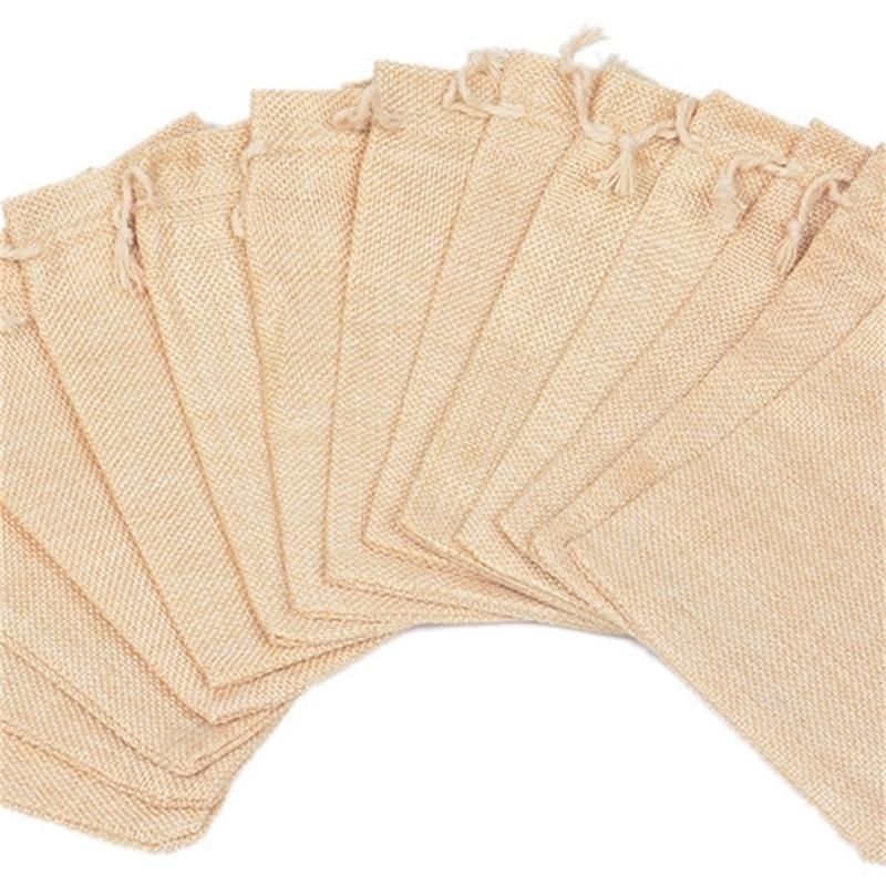 7x9 سنتيمتر 9x12 سنتيمتر 10x15 سنتيمتر 13x18 سنتيمتر اللون الأصلي مصغرة الحقيبة الجوت حقيبة الكتان القنب مجوهرات هدية الحقيبة الرباط أكياس لحسن الزفاف 382 Q2