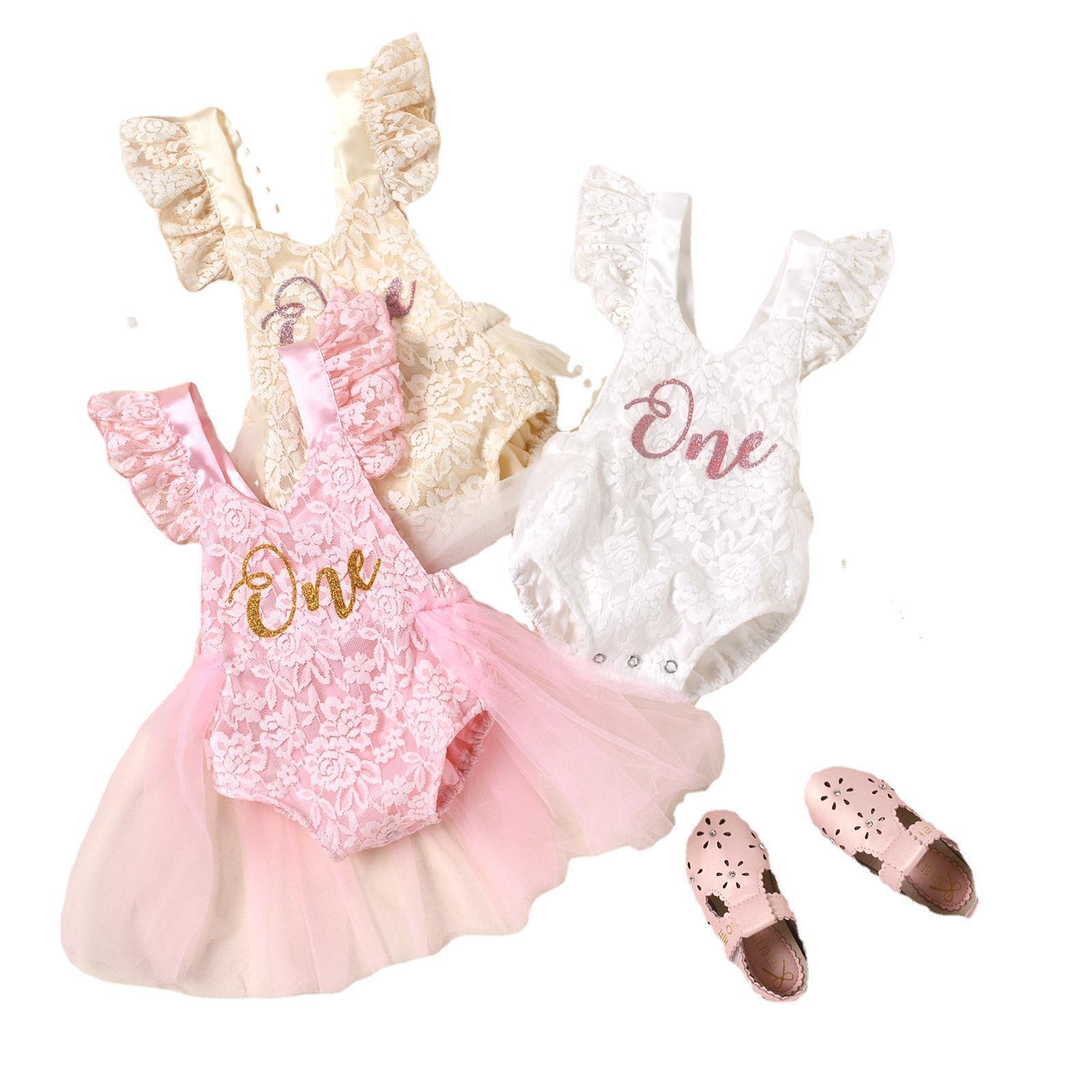 التجزئة / الجملة الوليد الطفل بنات تحلق كم الرباط شبكة رومبير اللباس الرضع الاطفال أزياء لطيف قطعة واحدة نيسيس حللا الأطفال تصميم الملابس