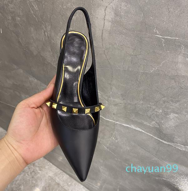 2021 Primavera e Estate Tacchi alti Scarpe Rivetto Designer di lusso Fashion 7cm Multicolore Donne di buona qualità