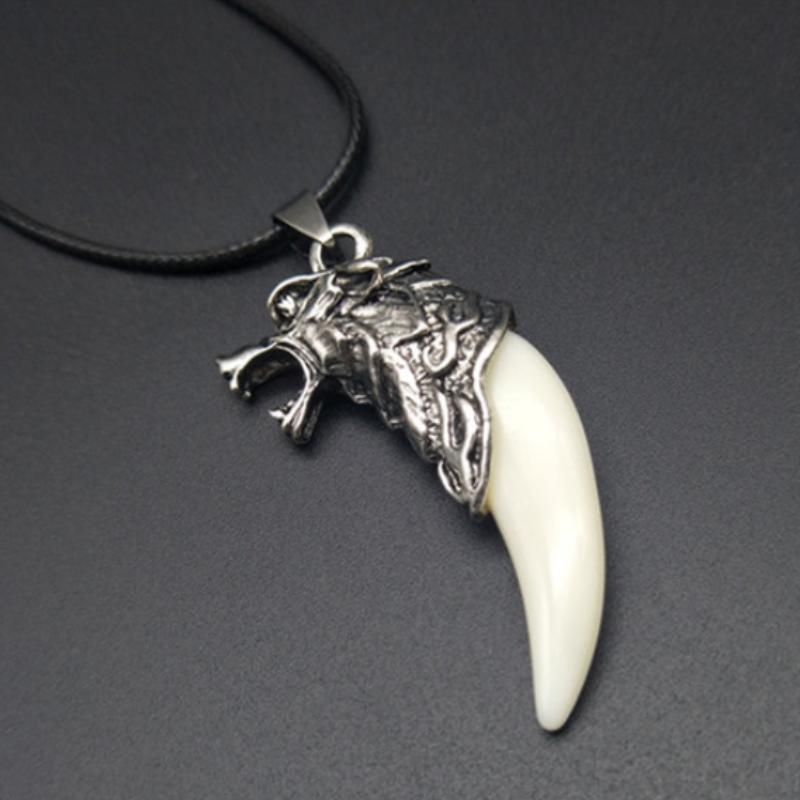 Punk Gothic Wolf Dente Dente Uomini Collana Moda Resina Tooth Tooth Tooth Wolf Testa Dente Collana pendente per Boy Uomo Gioielli Gifts1040 T2