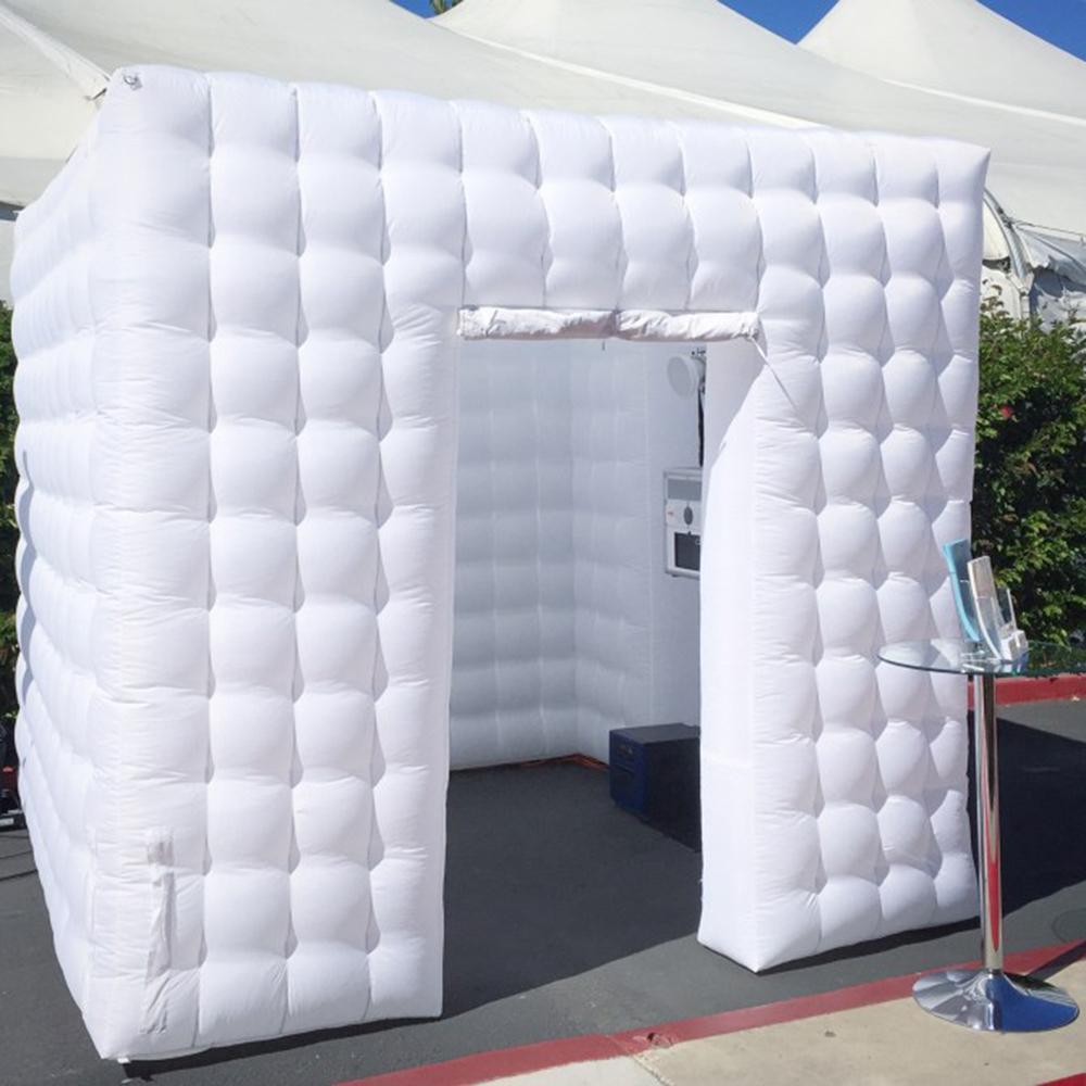 مخصص حفل زفاف أبيض باب واحد نفخ صور بوث photobooth المطاطية مكعب خيمة المنزل مع ضوء الصمام متعدد الألوان
