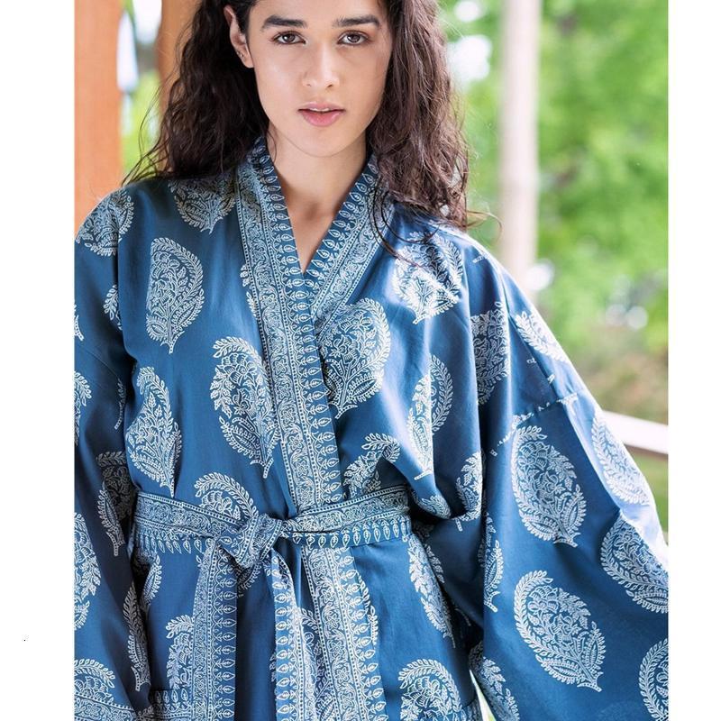 Ethnique Batik Blue Dye Kimono Kimono Baignoïdge Modèle Paisley Modèle Loungewear Graceful Manches longues Manteau de ceinture Summer Wightwear Trench