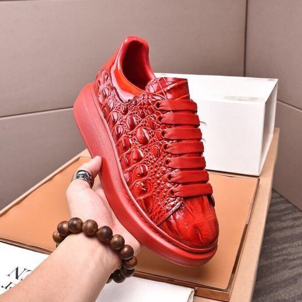 إيطاليا جودة عالية القيعان الأحمر الرجال النسائية عارضة الأحذية ل 2021 الأزياء ايس ماركة مصمم حذاء رياضة الصيف خارج دروبشيب مصنع المتاجر على الانترنت مع المربع الأصلي