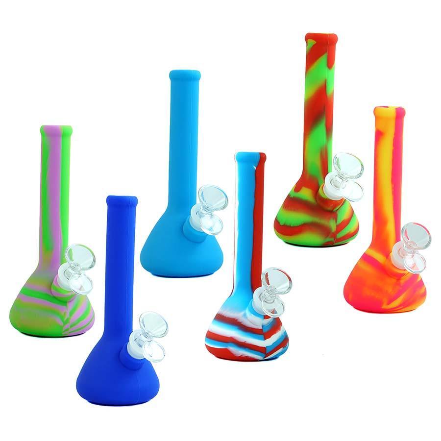 Nuevo diseño de vaso de precipitados Tubos de agua de silicona portátiles para fumar Conector de tubería de agua de hierba seca