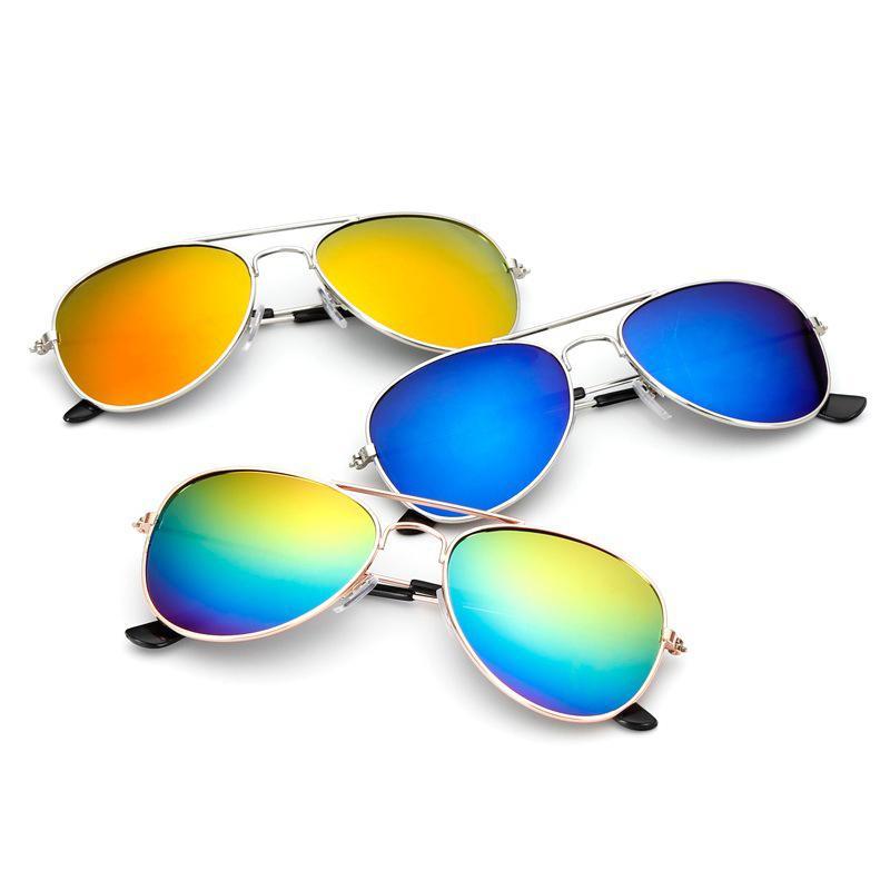 2021 Lunettes de soleil classiques filles miroir coloré enfants lunettes métallique cadre enfants shopping lunettes de vue UV400