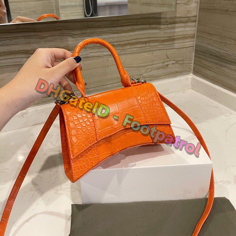 2021 Ins En Kaliteli Moda Vintage Çapraz Vücut Çanta Omuz Çantaları Totes Messenger Çanta Luxurys Tasarımcılar Kadın Çanta Renkli Debriyaj Çanta Cüzdan Cebi