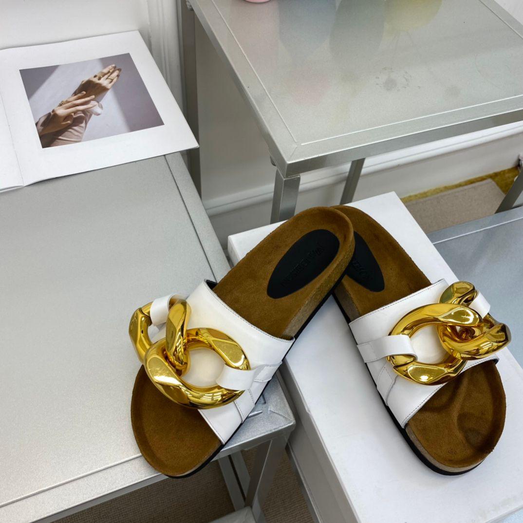 2021 erkek ve kadın yeni bahar terlik kadın moda metal zincir dekore düz sandalet rahat ayakkabılar açık slaytlar flip flop
