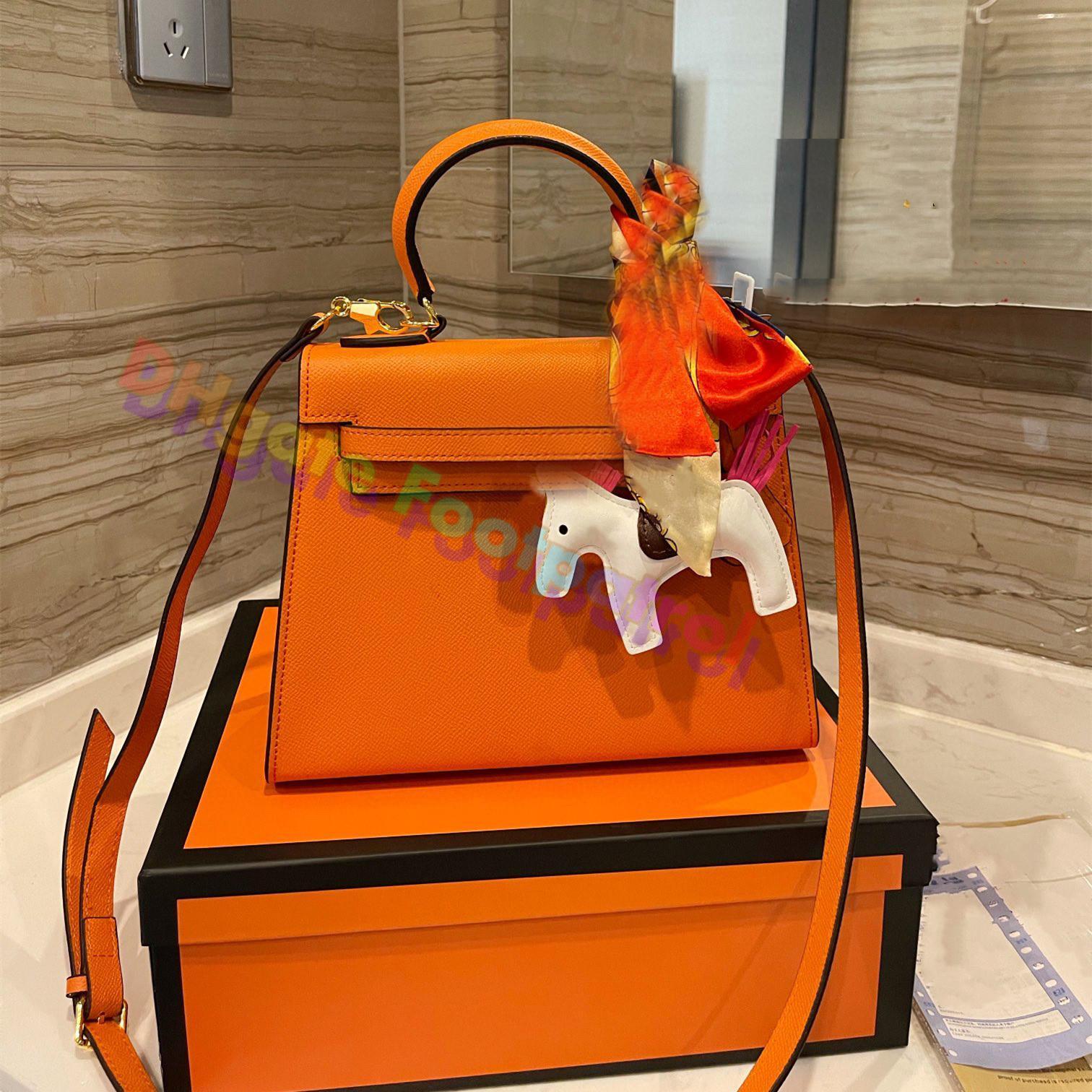 Moda Yüksek dereceli Vintage Tote Çanta Deri Çapraz Vücut Çanta 2021 Luxurys Tasarımcılar Bir Omuz Çantaları Tote Messenger Kadın Çanta Debriyaj Çanta Cüzdan Cebi