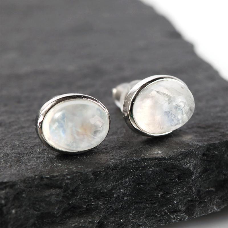 Spring moonlight stone earrings, moonstone ear studs, elongated Shi Baoshi earrings.