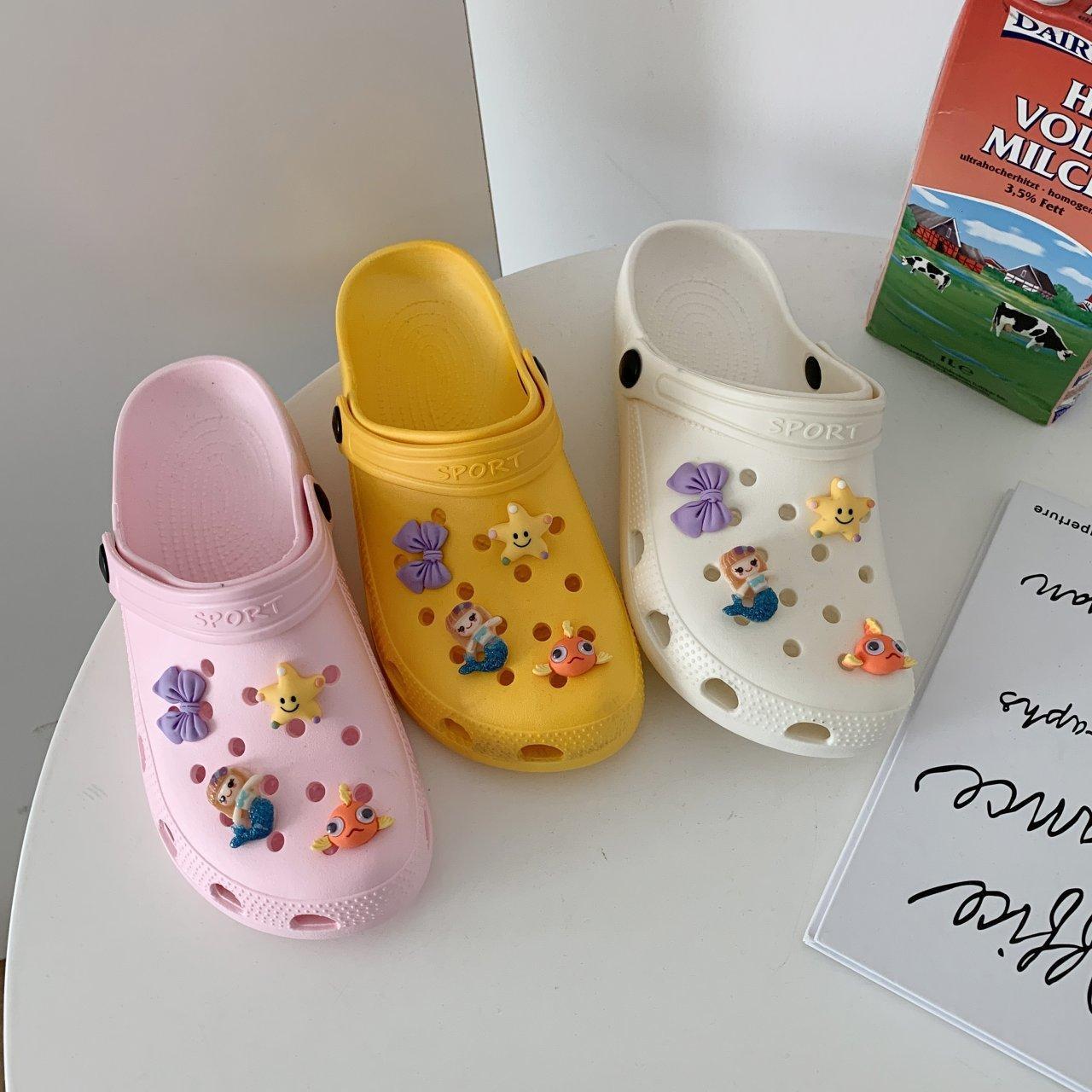 Sandalet 2021 Klasik Bahçede Kayma Kıçları Ayakkabı Kadınlar Hızlı Kurutma Yaz Plaj Terlik Nefes Açık Platformu Z31A