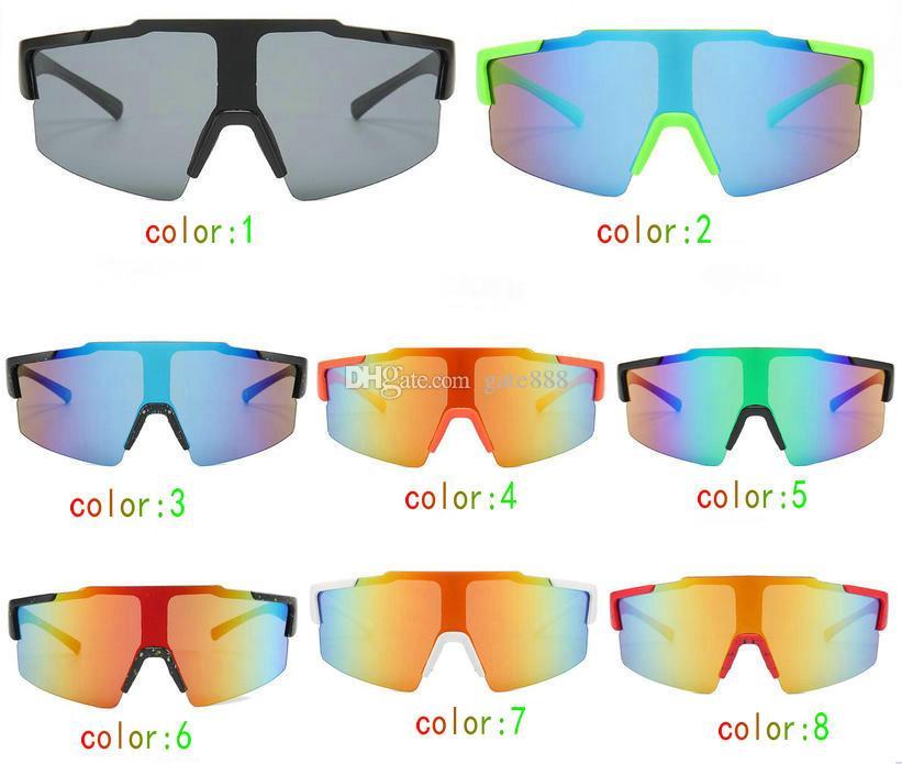 Adatti gli occhiali da sole variopinti variopinti all'aperto di modo degli occhiali da equitazione del sole del sole 10pcs / lot (realizzati in Cina).