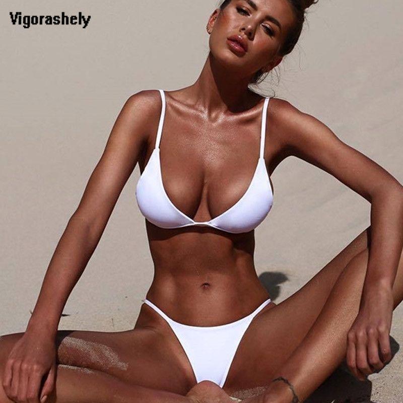 Vigorashely White Sexy Women Traje de baño Ropa de playa sólida Push Up Swimwear Bikini brasileño Set Thong Traje de baño 210319