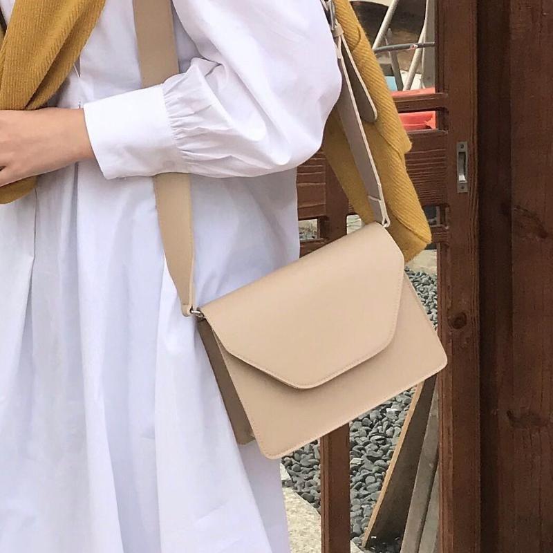 Weibliche 2021 Weiche Leder Crossbody Taschen für Frauen Retro Breitband Kleine Quadrat Tasche Dame Schulter Einfache Reise Totes Kreuzkörper