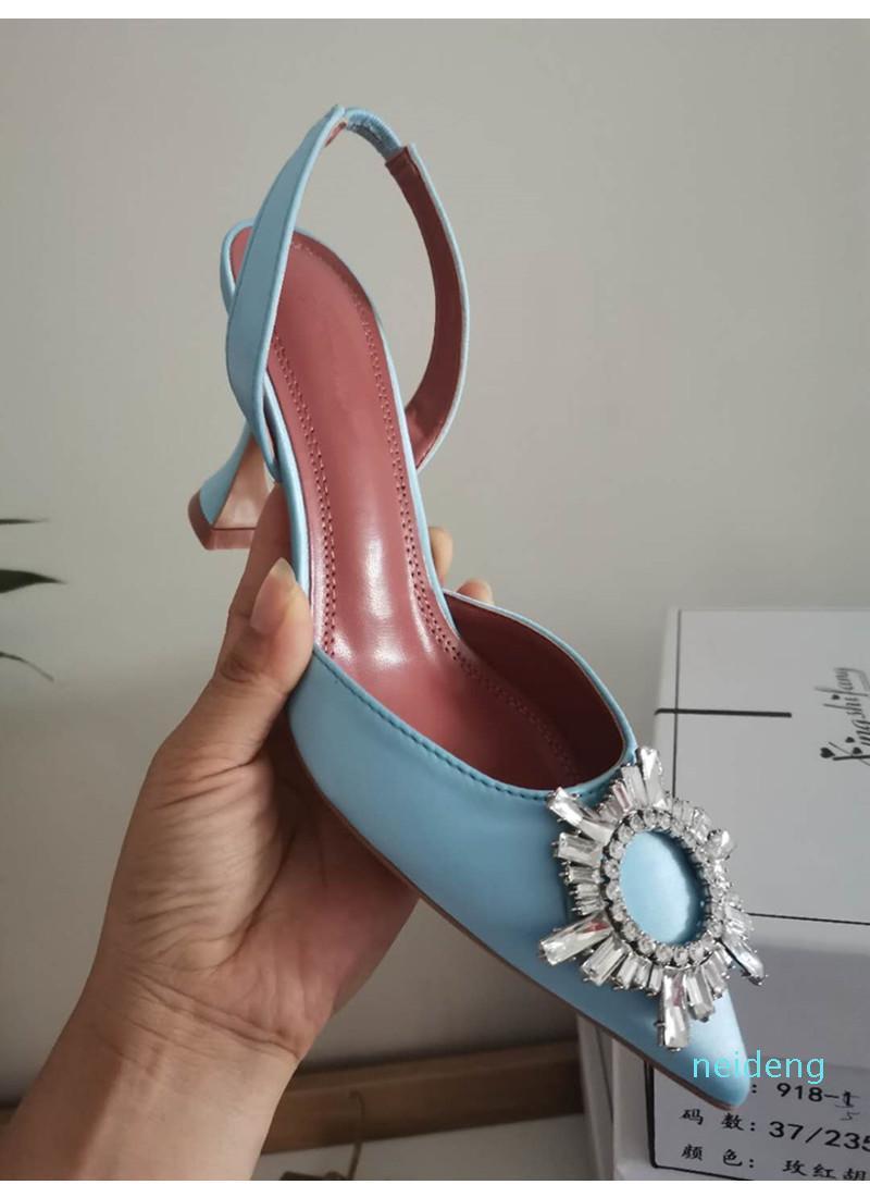 2021 نجمة نمط المرأة الصنادل أنيقة أشار تو الحرير الصيف مكتب سيدة الأحذية الأزياء عالية الكعب الصنادل امرأة