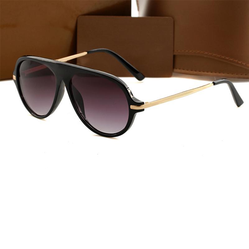 Yeni Moda Klasik Güneş Gözlüğü Tutum Güneş Gözlüğü Altın Çerçeve Kare Metal Çerçeve Vintage Stil Açık Klasik Model 3GFX