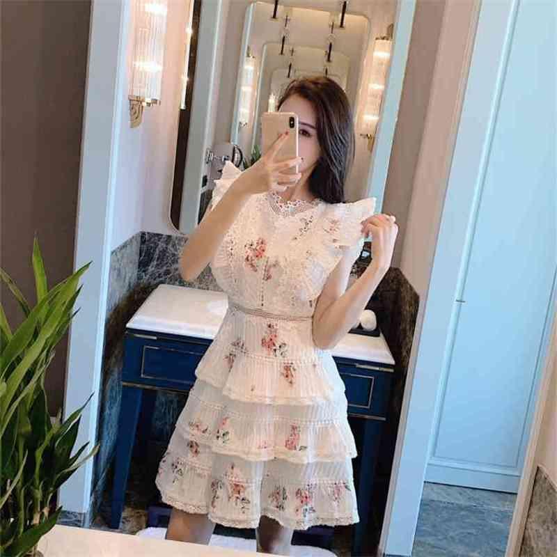 Dress da donna di alta qualità Delle donne vintage stampa floreale pizzo pizzo patchwork ruffles mini abiti da donna vacanze vacanze Vestido 210603